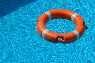 12 Must-have Swimming Pool Accessories - MKM Pool Spa